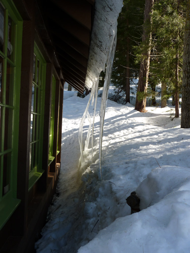 Name:  Museum Icicles.jpg Views: 213 Size:  235.4 KB